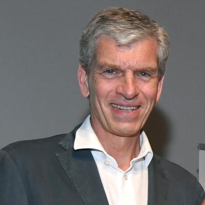 Dr Alexander Liegl